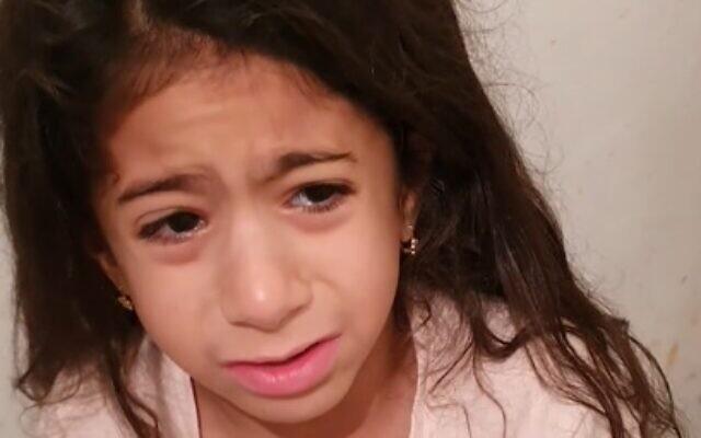 Gråtande flicka